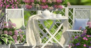 Small balcony furniture ideas